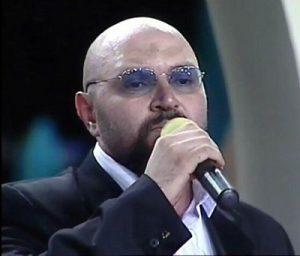دانلود آهنگ محمد حشمتی بنام خدا چرا عاشق شدم من